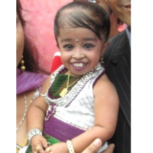 Jyoti Amge was crowned by Guiness Book as world's shortest living woman (By Paavans via Wikimedia)