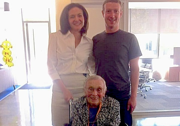 Oldest Facebook user Florence Detlor, 101, posing with social network's founder Mark Zuckerberg