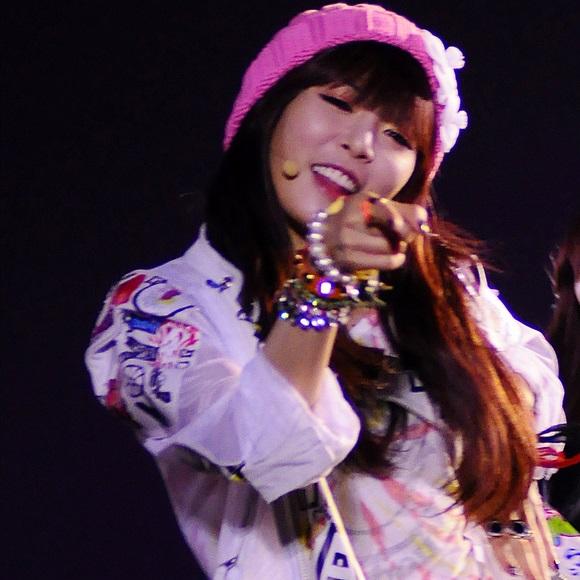 on Video  Hyuna Ice Cream Almost Beating Psy Gangnam Style    Foxcrawl