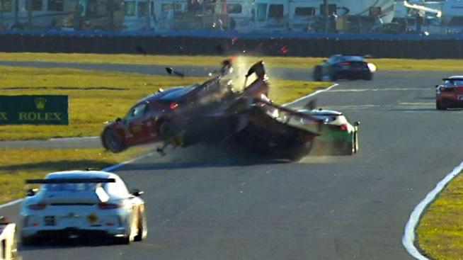 Ferrari Italia 458 >> VIDEO: Dramatic Accident at Rolex 24 at Daytona: Memo ...