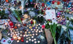 Street memorial to Nov. 2015 Paris attacks (wikimedia commons)