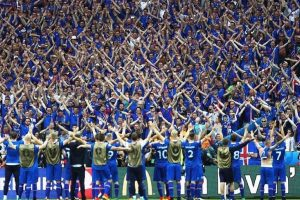Iceland in front of their fans after shock win over England (Twitter)